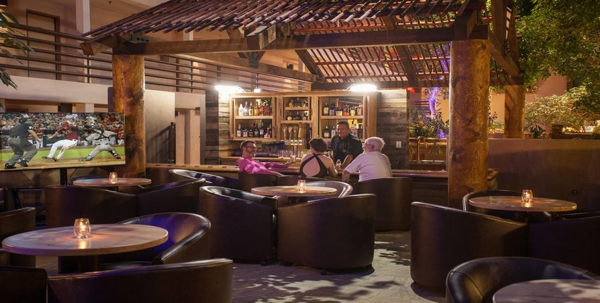Wintergarten Lounge at Grand Canyon Plaza Hotel, Arizona